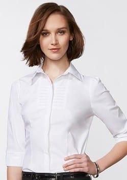 Ladies 3/4 Sleeve Berlin Shirt Worn